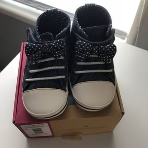 Baby denim soft sole shoes